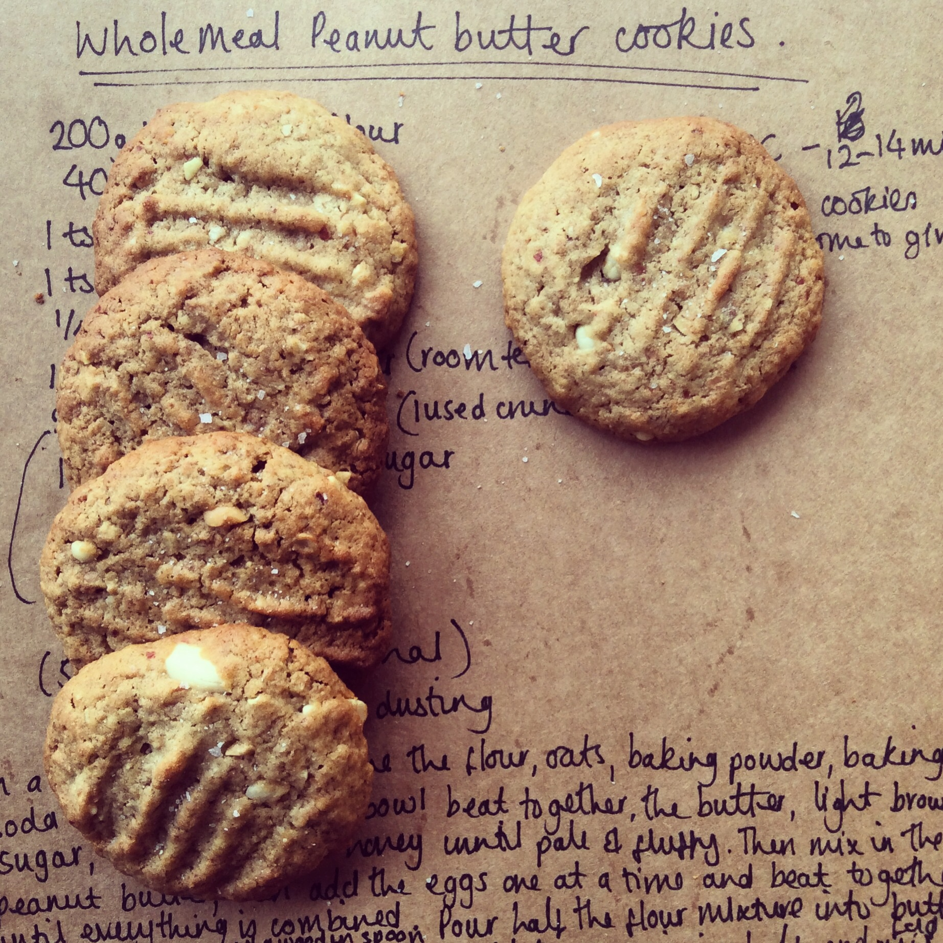 Wholemeal peanut butter cookies