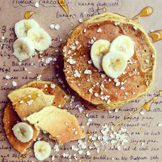 Banana and Oat Protein Pancakes